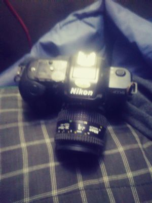 Nikon 4004s or best offer i also have the extension lense as well for Sale in Marina del Rey, CA