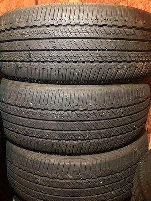 4 good use tires Bridgestone Duller 245/60/18 for Sale in Herndon, VA