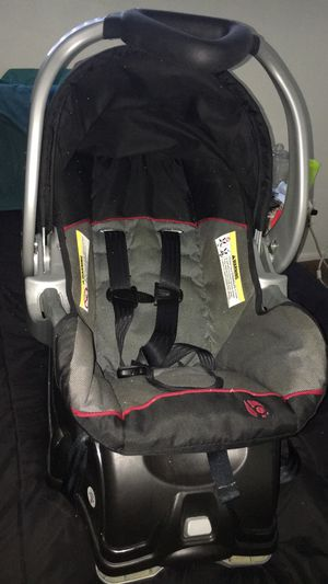 Baby trend infant car seat for Sale in Riverside, CA