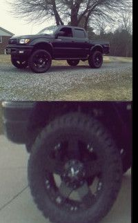 RwWppO3 ToYoTa TaCoMa 4WDWheels-Clean for Sale in Chicago, IL