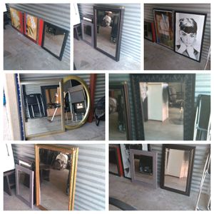 Wall decor/mirrors for Sale in Plano, TX