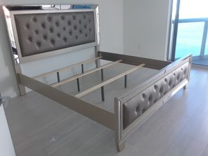 $499 Queen bed frame brand new free delivery for Sale in Miramar, FL