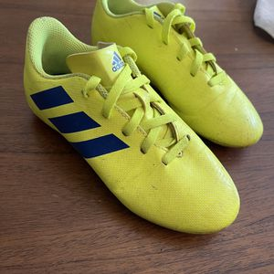 Kids 13k Adidas Soccer Cleats for Sale in Los Angeles, CA