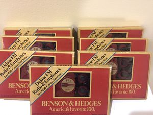 Collectibles Marlboro Benson & Hedges radios for Sale in Bloomfield Hills, MI