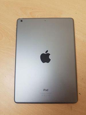 Ipad Air 1st gen 32GB wifi 9.7 inch for Sale in Renton, WA