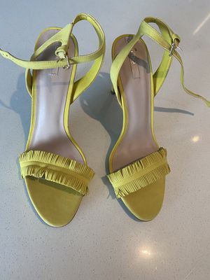Never worn Aldo fringe sandals for Sale in Westlake, MD