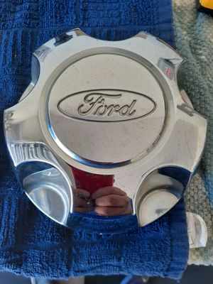 Ford 16 Inch Center Cap. for Sale in Riverview, FL
