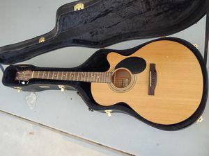 Acoustic guitar for Sale in Menifee, CA