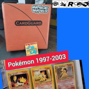 Pokemon Card Binder 1997 w/100 Cards🔴 18 RARES🔴 10 HOLOS for Sale in San Antonio, TX