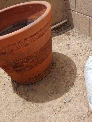 Flower pot for Sale in Phoenix, AZ