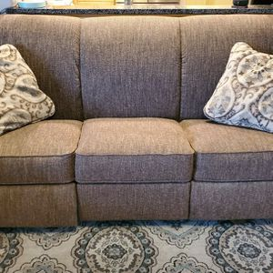 Lazyboy Recliner Couch for Sale in McMinnville, OR