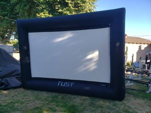 Tusy 16ft Inflatable Outdoor Screen Package w blower for Sale in Downey, CA