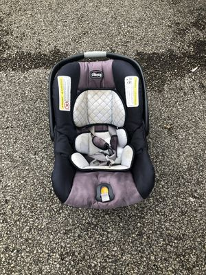 Chicco car seat/no base for Sale in South Charleston, WV