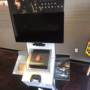 PS4 Display With 2 Consoles Included for Sale in Hollywood, FL