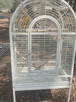 Large Bird Cage With Wheels for Sale in Astatula,  FL