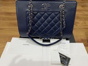 Authentic Chanel Handbag for Sale in Gilbert, AZ