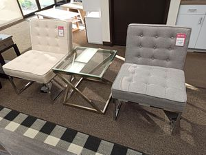 3 PC Set Accent Chair and End Table for Sale in Santa Fe Springs, CA