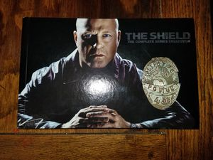 The Shield Complete Series Season 1-7 DVD for Sale in Sanger, CA