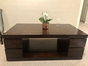 Wooden Coffee Table for Sale in Lorton, VA