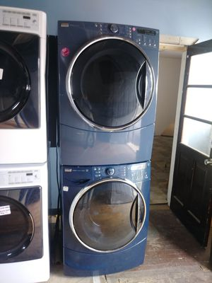 Kenmore Elite blue front load washer and gas dryer set for Sale in Cleveland, OH