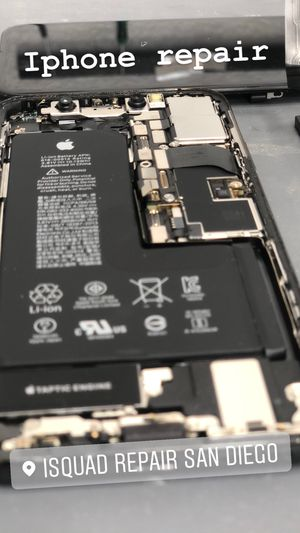 Iphone 6/7/8/ x/xs/xsmax/11 screen replacement for Sale in San Diego, CA
