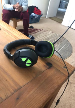 Turtle Beach Headset + Controller Charging Station for Sale in Springfield, VA