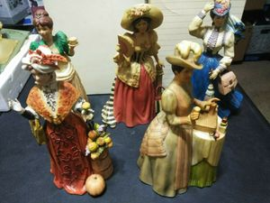 Lot of 5 Avon Collectibles~ President's Club~Mrs Albee Award Figurines ,Statues for Sale in Las Vegas, NV