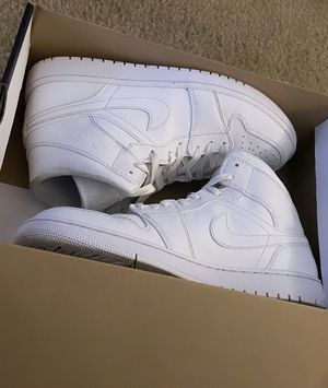 Air Jordan 1 mid SE for Sale in Upland, CA