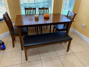 Dining set for Sale in Miami, FL