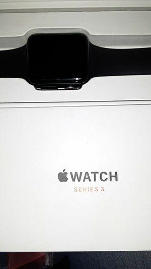 Apple watch 3 series for Sale in Klamath Falls, OR