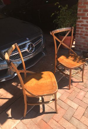 Antique Chairs free for Sale in Richmond, CA