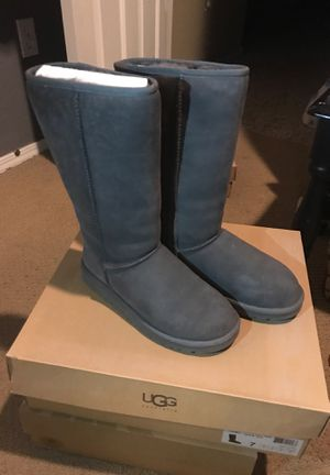 UGG Size 7 for Sale in Las Vegas, NV