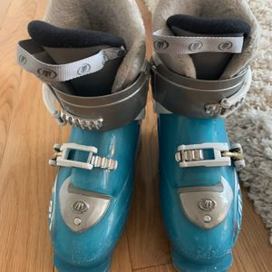 Ski Boots kids for Sale in Milwaukie, OR
