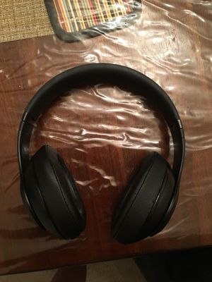 Wireless beats Studio 3 for Sale in Raleigh, NC