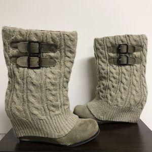Steve Madden Leg Warmer Boots for Sale in Minneapolis, MN