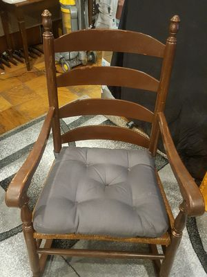 Rocking chair for Sale in Gaithersburg, MD