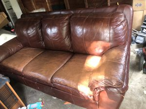 Clean Leather Couch for Sale in Vancouver, WA