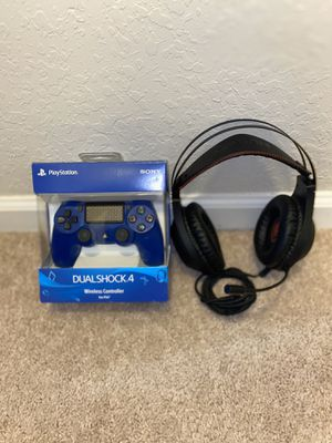 PS4 remote,, gaming headset for Sale in Statesboro, GA