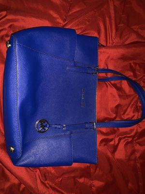 Authentic Michael Kors purse for Sale in Pawtucket, RI