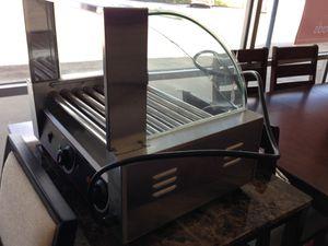 Hotdog MACHINE!! New in box with a mall crack in glass for Sale in Newport News, VA