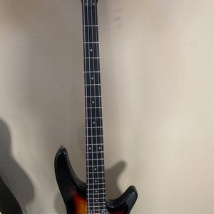 Bass Guitar for Sale in Spring, TX