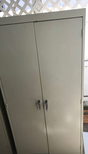 Storage cabinet for Sale in Lakewood, CA