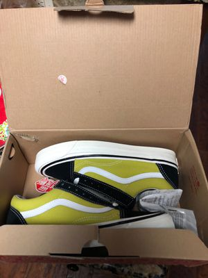 Brand new shoes never worn Vans. 30$ for Sale in Conway, AR