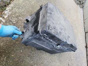10-13 Mazda 3 Battery Box for Sale in Des Moines, WA