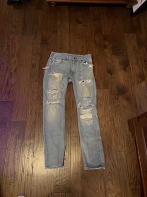 Ripped jeans Levi's 32x32 for Sale in Columbus, OH