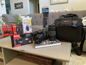 Canon Rebel T5 with Accessories for Sale in Bakersfield, CA
