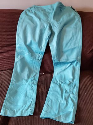 Size 8 leather pants for Sale in Murfreesboro, TN
