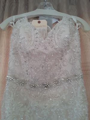 Brand new Jason Alexander wedding dress never used size 8 for Sale in Riverside, CA