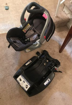 Car seat and base for Sale in Fairfax, VA