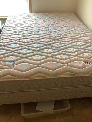 QUEEN SIZE MATTRESS Nautilus III Posture Support by Englander for Sale in Mount Vernon, OH